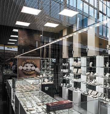 Лучшее оформление торгового зала. Магазин площадью торгового зала до 50 м2.  Ювелирный салон «Платина» Воронеж 1e8048fa7d6