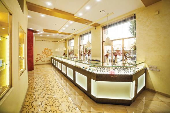 Лучшее оформление торгового зала Магазин площадью торгового зала от 100 до  150 м2 Ювелирный магазин « 810d8fd9b4d