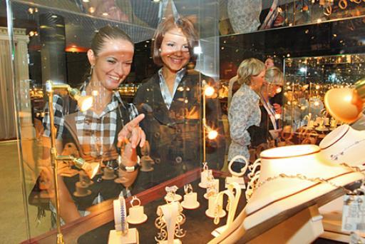 Как обычно, в рамках выставки проходит ежегодный, самый главный ювелирный конкурс лучшие украшения россии
