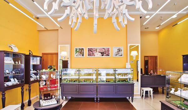 Лучшее оформление торгового зала. Магазин площадью торгового зала от 150 до  200 м2 Ювелирный центр 996b09e9970